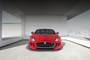 Jaguar F-Type: новая порция фотографий и видео