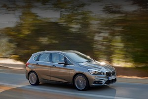 Баварцы перестали скрывать переднеприводный BMW 2 Series Active Tourer
